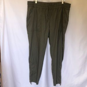 New North Face Cargo Pants XXL